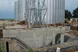 Grain storage sylos