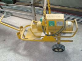 Frequency converter and concrete vibrators