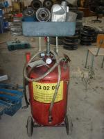 Станция за смяна на отработни моторни масла- Арас